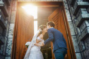 結婚式の思い出が二人を結びつける